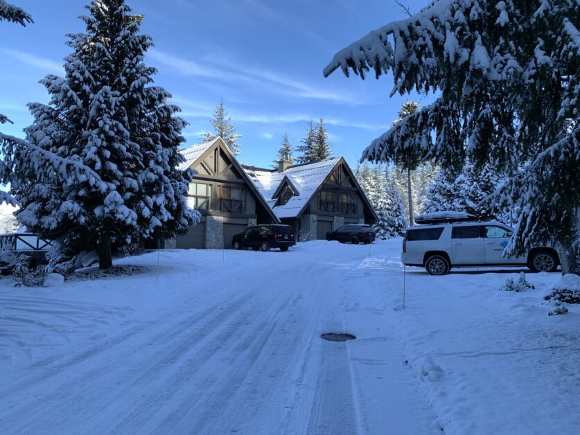 Pinnacle Ridge snow scene
