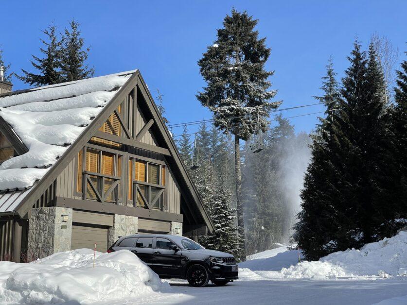 Pinnacle Ridge ski in ski out to blackcomb Mountain