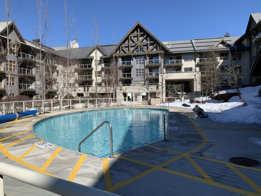 Aspens outdoor pool