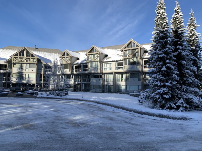 Greystone Lodge front view